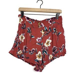 ●Xhilaration Floral Pleated Shorts